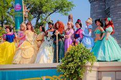 Disney Princesses aw | via Tumblr