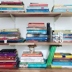💙 Books 💙 📚📚📚 . .