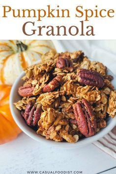 Easy Breakfast Casserole Recipes, Mexican Breakfast Recipes, Healthy Breakfast Recipes, Fall Breakfast, Sweet Breakfast, Vegan Breakfast, Pumpkin Spice, Pumpkin Granola, Vegetarian Brunch Recipes
