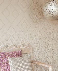 Yamuna | Papel de parede glamouroso | Padrões de papel de parede | Papel de parede dos anos 70
