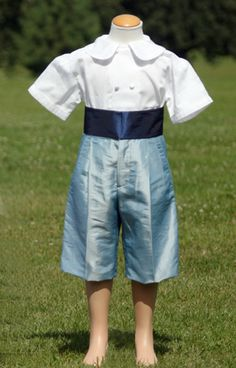 Love these pale blue French shorts and white cotton double breasted shirt : make a great page boy outfit! for boys, toddlers and special occasions wear for baby boys. littleeglantine.com