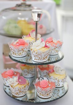 Party Inspirations: Vintage High Tea First Birthday Lace Cupcakes, Cupcake Cakes, Spring Cupcakes, Pretty Cupcakes, Vintage High Tea, Afternoon Tea Parties, Tea Sandwiches, My Tea, Fancy Cakes