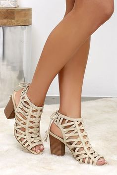 Lovers of Boho, minimal chic, and every style in between are falling for the Sbicca Geovana Beige Leather High Heel Sandals! Genuine leather sandals have a heel. Cute High Heels, High Heels Stilettos, Shoes Heels, Shoes Sneakers, Pretty Shoes, Cute Shoes, Beautiful Shoes, Unique Shoes, Leather High Heels