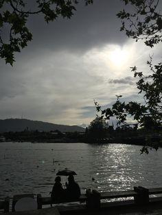 Regen und Sonne am Bellevue Zürich