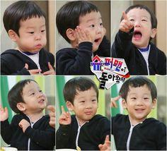 The superman returns. Cute Twins, Cute Babies, Baby Kids, Song Il Gook, Triplet Babies, Superman Kids, Korean Tv Shows, Asian Babies, Heaven Sent