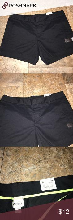Black khaki shorts nwt size 12 Black khaki shorts nwt size 12 Shorts