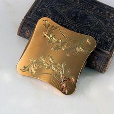 Vintage Elgin Compact Engraved Goldtone 1950s