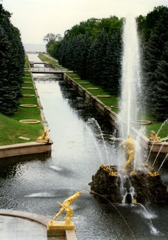 Fountains - Catherine's Palace, St. Petersburg, Russia