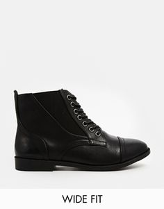 out of stock! *shakes tiny fist* // New Look Wide Fit Captain Lace Up Ankle Boots All Black Sneakers, High Top Sneakers, Interview Outfits, Ladies Boots, Lace Up Ankle Boots, Me Too Shoes, New Look, Asos, Search