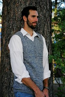 Knitting Pure & Simple Knitting Pattern Basic Vest for Men - Easy Knit - I Crochet World Mens Knit Sweater Pattern, Crochet Men, Sweater Knitting Patterns, Crochet Sweaters, Knitting Ideas, Knitting Projects, Casual Oxford Shoes, Mens Flannel Shirt, Weaving Patterns