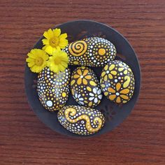 yellow shades of orange collection #12, (5) painted stones, river rock art, painted rocks, home decor, garden art, coffee table art, zen