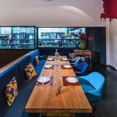 Wer sich in Berlin bereits zur Mittagzeit kulinarisch einmal etwas Gutes tun möchte, der ist im Restaurant Tim Raue an der Kochstraße genau richtig... @cremeguides #cremeguides @restauranttimraue #restauranttimraue #restaurant #lunch #inspiration #berlin #menu