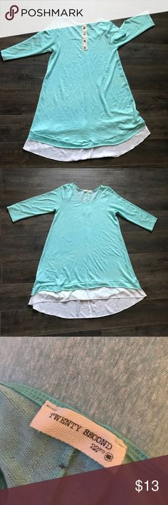 3/4 sleeve top with detail buttons and sheer hem. 3/4 sleeve aqua twenty second brand top with back detail buttons and sheer hem. Super cute over jeans or leggings. Tops Blouses