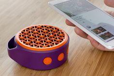 Logitech presenta su X50 Mobile Wireless Speaker - http://www.tecnogaming.com/2015/08/logitech-presenta-su-x50-mobile-wireless-speaker/