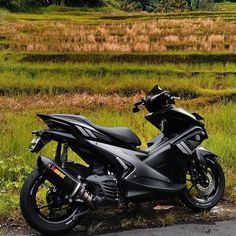 Aerox 155 Yamaha, Yamaha Scooter, Cars And Motorcycles, Motorbikes, My Dream, Instagram, Ideas, Motorcycles, Motorcycle