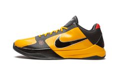 """The Nike Kobe 5 Protro """"Bruce Lee"""" is a Winter 2020 release of Kobe Bryant's fifth signature shoe with Nike Basketball that pays homage to the equally legendary martial artist. The """"Bruce Lee"""" theme is inspired by the iconic yellow and black jumpsuit Lee wore in the film """"Game of Death"""" in 1978. The upper features a yellow perforated toe and mid-panel with contrasting black overlays on the forefoot and eyelets. Black mesh detailing can be found on the padded collar and on the top half of the… White Nike Shoes, Nike Shoes Cheap, Nike Shoes Outlet, White Sneakers, Sneakers Nike, Kobe Bryant Signature, Kobe Bryant Sneakers, Kobe Elite, Nike Zoom Kobe"""