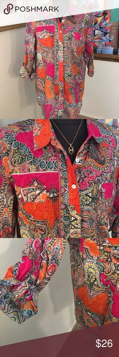 ⭐️CHICO'S LOVELY TOP 💯AUTHENTIC ⭐️CHICO'S LOVELY TOP 💯AUTHENTIC . STUNNING AND STYLISH TOTALLY ON TREND! SO LOVELY ONLY WORN ONCE! MULTICOLORED. CHICO'S SIZE 3 WHICH CONVERTS TO TO A ROOMY LARGE Chico's Tops