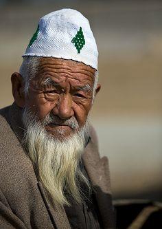 Old Uyghur man in Serik Buya Market, Xinjiang, China