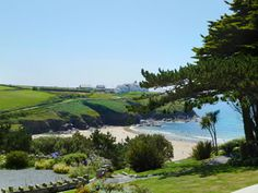 Three seaside cottages in Cornwall at Trewoon, Poldhu Cove, Mullion - Your holiday overlooking the Cove & the Atlantic Ocean Bude Cornwall, West Cornwall, Devon And Cornwall, English Adventure, Devon Life, Cornwall Beaches, Yorkshire England, Yorkshire Dales, Camping Cornwall
