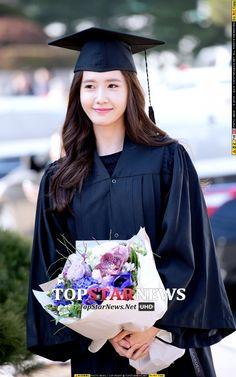 윤아(임윤아, Yoona) - [HD포토] 소녀시대(SNSD) 윤아, '학사모 쓴 모습도 여신이네' (동국대학위수여식) - HD Photo News - TopStarNews.Net