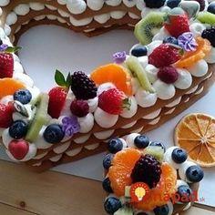 Už nikdy nebudete kupovať drahé torty v cukrárni: Túto nádheru môžete pripraviť úplne bez pečenia! Number Cakes, Cake & Co, Pavlova, Sweet Desserts, Happy Birthday Me, Waffles, Keto, Breakfast, Fondant