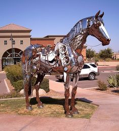 Scrap metal Horse in Fountain Hills by French artist Christian Champin
