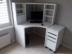 ikea micke corner workstation in white with matching - Zimmereinrichtung Ikea Corner Desk, White Corner Desk, Small Corner Desk, Corner Desk With Hutch, Corner Workstation, Desk Hutch, Home Office Design, Home Office Decor, Ikea Micke
