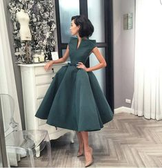 Source by dalilahdelarge Dresses classy Modest Dresses, Elegant Dresses, Pretty Dresses, Vintage Dresses, Short Dresses, Bridesmaid Dresses, Prom Dresses, Formal Dresses, Classy Dress