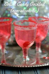 Cotton Candy Cocktail Recipe (Non-alcoholic) Cotton Candy Mocktail – This non-alcoholic drink recipe is really fun for kids. It's easy to make, but looks fancy! This Cotton Candy Cocktail recipe is also perfect for a baby showers and birthday parties. New Years Eve Drinks, New Year's Drinks, Non Alcoholic Cocktails, Kid Drinks, Fancy Drinks, Drinks Alcohol Recipes, Cocktail Drinks, Alcoholic Candy, Candy Recipes