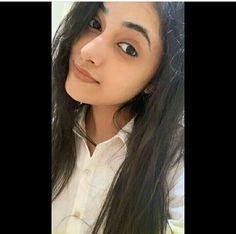 Indian Actress Photos, Beautiful Indian Actress, Indian Actresses, Beautiful Girl Photo, Simply Beautiful, Gentleman Movie, All Actress, Erica Fernandes, Young Fashion