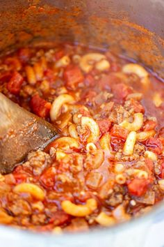 pot of goulash being stirred by wooden spoon Best Goulash Recipes, Crockpot Recipes, Cooking Recipes, Hamburger Recipes, Meatball Recipes, Kitchen Recipes, Gulosh Recipe, Old Fashioned Goulash, Rutabaga
