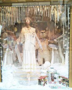 Brown Thomas Christmas 2016 Season Window Display – Design Retail Space Christmas Window Display, Window Display Design, Retail Space, Christmas 2016, Dublin, Windows, Seasons, Brown, Painting