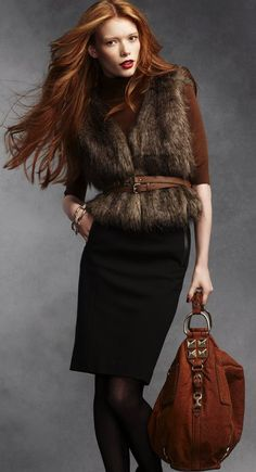 I: I will work on this look. Fur vest with suede boho bag adds texture and interest to a winter outfit. Great for people who shy away from bright colors in winter. Fall Fashion Trends, Fur Fashion, Womens Fashion, Fashion Tips, Fashion Design, Fall Winter Outfits, Autumn Winter Fashion, Dress Winter, Warm Autumn