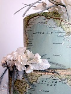 map wedding cake...would be cool in vintaged map colors...