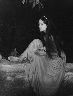Olivia Hussey in Franco Zeffirelli's Romeo & Juliet 1968 Leonard Whiting, Olivia Hussey, Susan Sarandon, Marlon Brando, William Shakespeare, Jack Nicholson, Zeffirelli Romeo And Juliet, Stephane Audran, Juliet Capulet