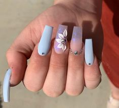 Spring is here, and it's time for fashionable girls to start experimenting with new nail ideas.Coffin nail continues to return to the trend of Manicure! We have collected 39 acrylic coffin nail designs for you, the most fashionable girl is you! Nail Art Designs, Cute Acrylic Nail Designs, Design Art, Summer Acrylic Nails, Best Acrylic Nails, Summer Nails, Nail Swag, Aycrlic Nails, Glitter Nails