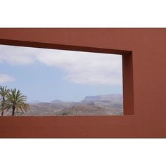 Room with a view - http://ift.tt/1T5JTv5 #minimalzine #noicemag #fdicct #archivecollectivemag #rentalmag #lekkerzine #subjectivelyobjective #minimalmood #thisveryinstant #oftheafternoon  #thentherewasus #minimalism #myfeatureshoot #heylovlab @mrneilmason #mrneilmason #motherlondon #minimalist #minimalism #archivecollectivemag #brettmagazine #phroommagazine #lasvegas #vagas #minimalist #creativereview #neilmasonphotography @archivecollectivemag #architecturephotography #neilmasonphotograpy…