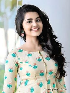 Actresss Cute, Hot, Glamour and Sexy Photos and Cute Girl Photo, Beautiful Girl Photo, Beautiful Girl Indian, Most Beautiful Bollywood Actress, Beautiful Actresses, Beautiful Heroine, Anupama Parameswaran, Stylish Girl Images, Glamour
