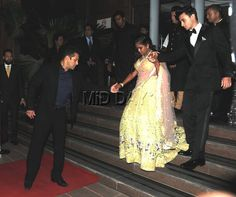 Salman Khan lends his sister Arpita Khan a hand as she steps out with her husband Aayush Sharma at Arpita's wedding reception in Mumbai. #Bollywood #Fashion #Style #Beauty #Handsome