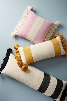 Chenille Nadia Kissen mit Quasten : Chenille Nadia pillow with tassels, Boho Pillows, Diy Pillows, Pillow Ideas, Cushion Ideas, Pillow Inspiration, Rustic Pillows, Throw Cushions, Shabby Chic Homes, Shabby Chic Decor