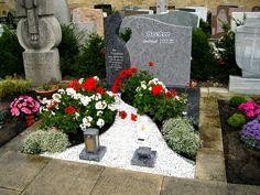 Referenzen - Grabanlagen- Doppelgräber Cemetery Art, Ap Art, Photo Art, Sidewalk, Photos, Home Decor, Stones, Flowers, Pictures
