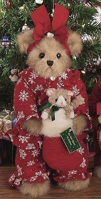 """Bearington Bears """"The Purrfect Present"""" Collector Bear- Sku -New- 2005 Teddy Bear Hug, Teddy Bear Cartoon, Cute Teddy Bears, Bear Toy, Bear Hugs, Disney Christmas Decorations, Teddy Bear Pictures, Christmas Teddy Bear, Reborn"""