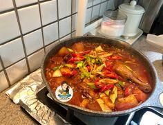 Korean Spicy Braised Chicken (Dakdoritang) – Cooking with Sheila Braised Chicken, Main Menu, Paella, Thai Red Curry, Spicy, Korean, Cooking, Ethnic Recipes, Food