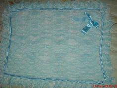 Minha primeira manta feita em tricô.  Achei linda!