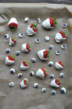 By food contributor Sarah Can you believe July 4th is just around the corner? The queen of summer holidays! These frozen yogurt dipped berries are the perfect celebratory food as they show off the ...