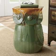 Owl Stool from Seventh Avenue ® would this be to much Kellie? Owl Bedding, Owl Who, Ceramic Stool, Owl Bags, Felt Owls, Wise Owl, Funny Design, New Homes, Teacher Desks