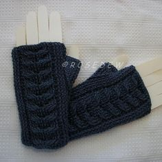 Staghorn Cable Fingerless Mitts - via @Craftsy