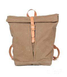 Urban Foldtop Backpack Uncovet New Bag, Leather Craft, Tote Handbags, Diy Fashion, Leather Backpack, Purses And Bags, Swarovski Crystals, Backpacks, Tote Bag