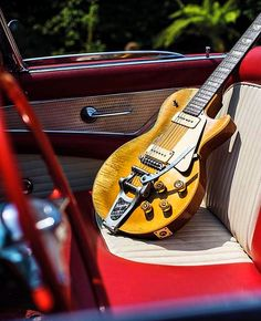 Gibson Vintage Guitars
