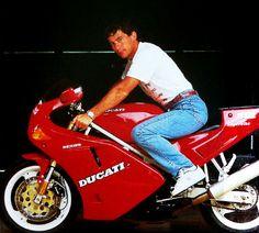 AyrtonSenna_Ducati_Jeans_WP.jpg (1000×900)